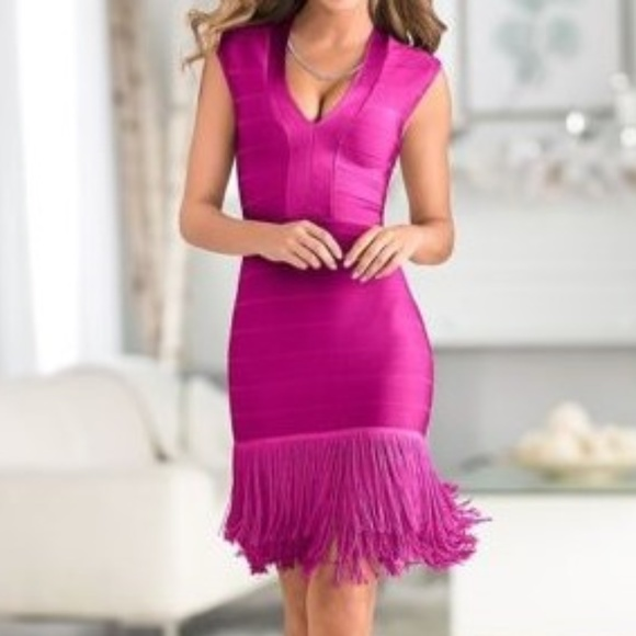 bb3374f997e NEW VENUS Fuchsia Slimming Fringe BodyCon Dress 2.  M 5af1fce1f9e5015bc4c38a0d